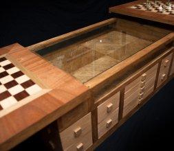 La table de jeu d'échecs