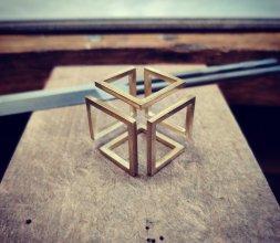 Exercice cube sans fin
