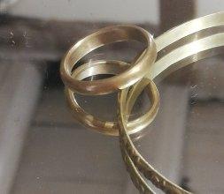 bracelet jonc et alliances homme et femme