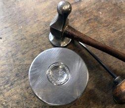 Gravure/édition boutons équipage Jean de Beaune