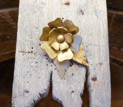 Fleur de laiton