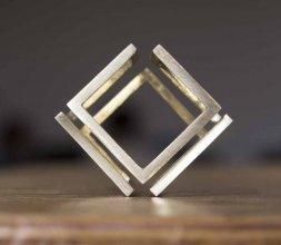 Cube d'arrête infini