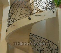 Rampe d'escalier Hélicoidal de style végétal