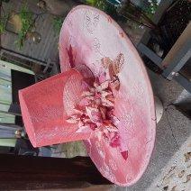 chapeau style coréen avec fleurs moulées à la main