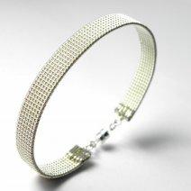 """Bracelet large """"Treasa"""" en argent massif"""