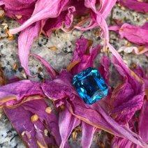 Zircon Emeraude Couleur Bleu