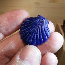 coquille saint Jacques en Lapis lazuli